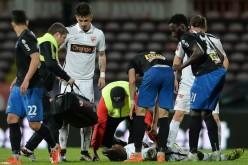 SCANDALOS | Medicul care trebuia să-l resusciteze pe fotbalistul Patrick Ekeng, fuma și mânca semințe în tribună
