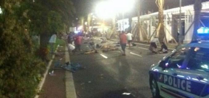 Măcel teroist de Ziua Națională a Franței. 50 de francezi zdrobiți de un camion la Nisa