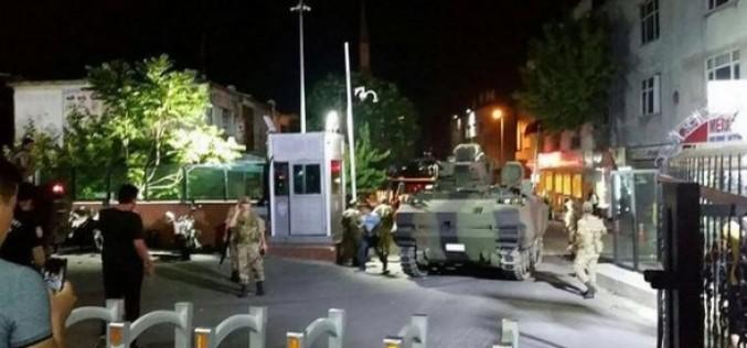 Lovitură de stat în Turcia. Armata anunță că a preluat controlul țării