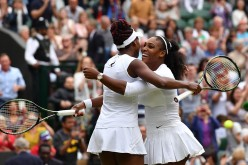 Serena Williams, două titluri într-o singură zi, cucerite la Wimbledon. Victorie și la dublu alături de sora ei