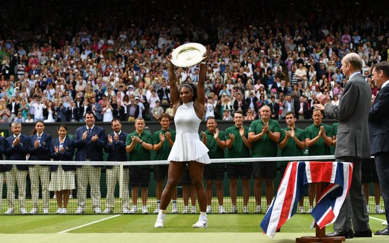 Serena Williams a demolat-o pe Angelique Kerber în finala de la Wimbledon. A cucerit pentru a 7-a oară trofeul