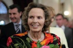 Trupul neînsuflețit al Reginei Ana va fi adus în România pe 9 august. Înmormântarea are loc pe 13 august la Mânăstirea Curtea de Argeș