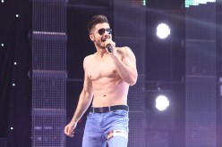 Striptease masculin pe scena X Factor România 2016