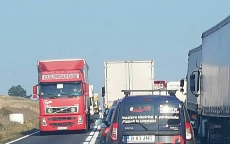 UNTRR solicită oficialilor români să conteste acordul prin care firmele de transport rutier din România sunt excluse din piața europeană