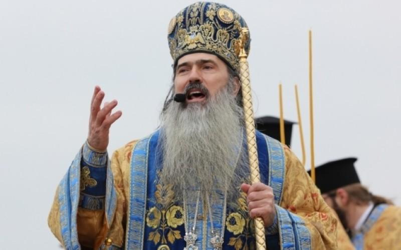 DNA îl acuză pe Arhiepiscopul Tomisului de luare de mită. Preotul a fost plasat sub control judiciar