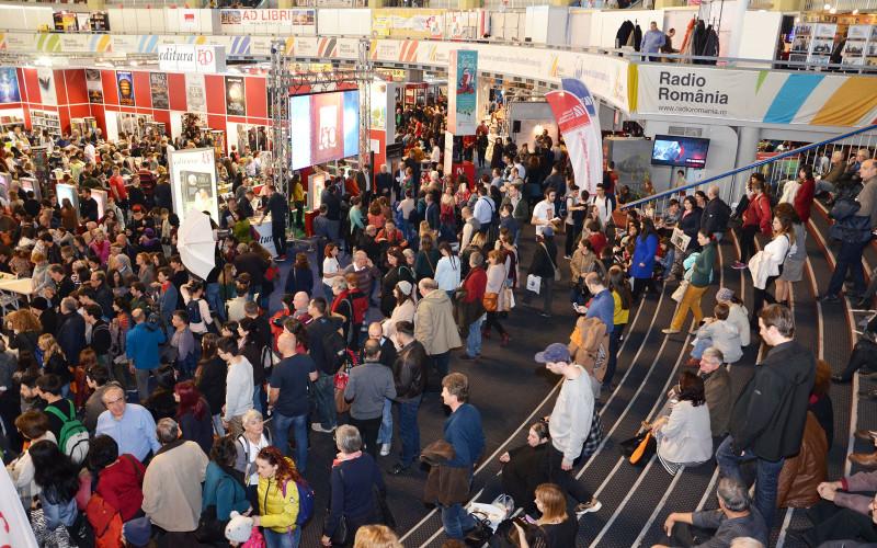 Peste 125.000 de vizitatori au venit la Târgul de Carte Gaudeamus 2016