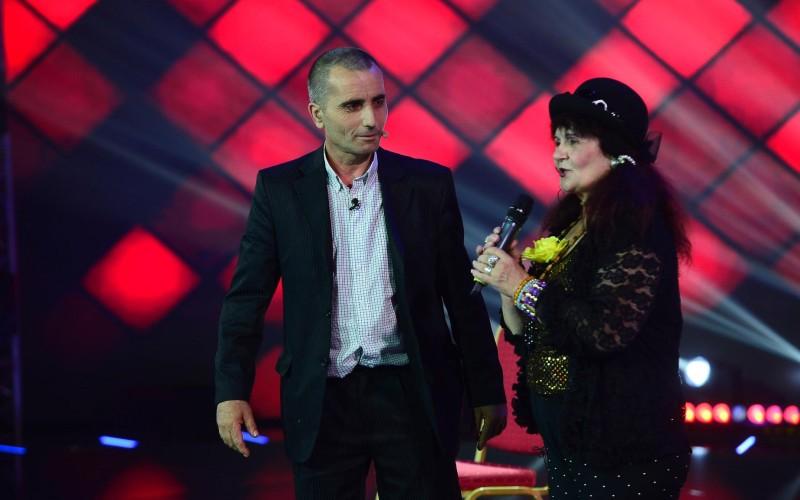 Veronica Fermecătoarea și Elvis de Colentina, de la X Factor, la iUmor