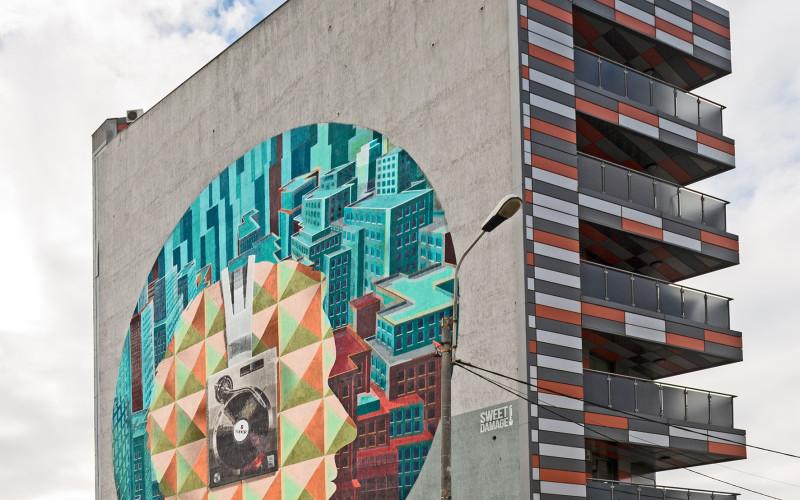 Cea mai mare pictură murală din București, finalizată în 20 de zile