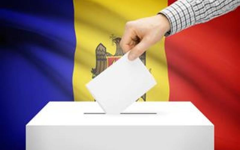 Călătorie gratuită pentru studenții moldoveni care vor să voteze președintele Republicii Moldova