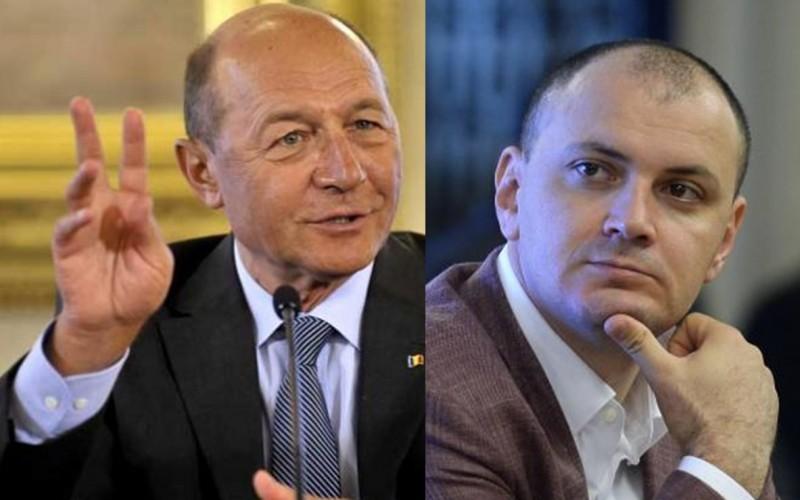 Băsescu turbează: Sebastian Ghiță m-a înregistrat ilegal, fără să-mi spună