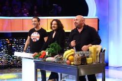 Chef Scărlătescu povestește Blondelor lui Negru cum a mâncat o oaie, într-o zi și-o noapte