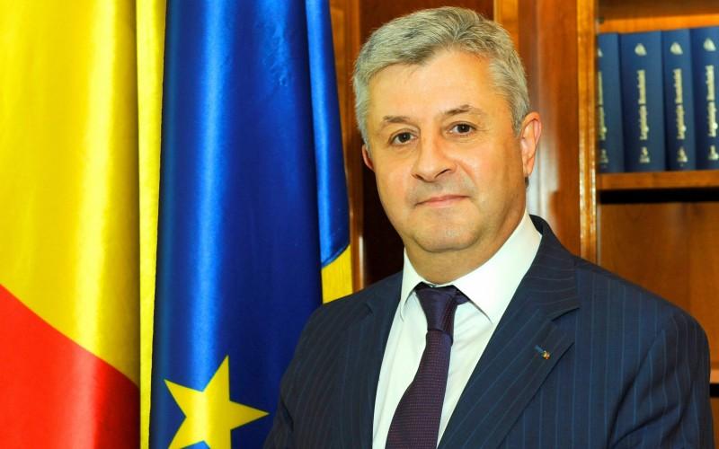 Ministrul Justiției, Florin Iordache, suspectat că și-a cumpărat doctoratul de la o Universitate din Chișinău