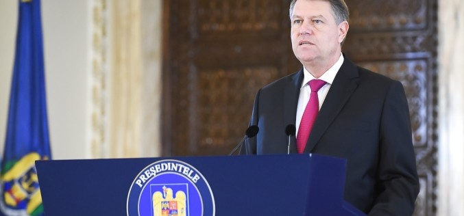 Iohannis, deranjat că PSD anchetează Guvernul Cioloș: Să o luăm încet cu anchetările din Parlament