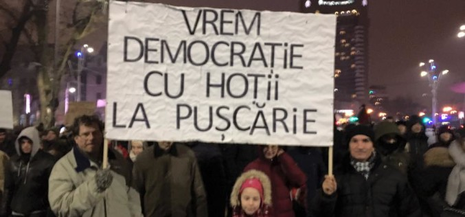 Protestatarii au învins. Guvernul retrage ordonanța privind grațierea