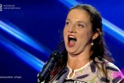 O femeie de serviciu a uimit cu vocea ei, jurații de la Românii au talent – VIDEO