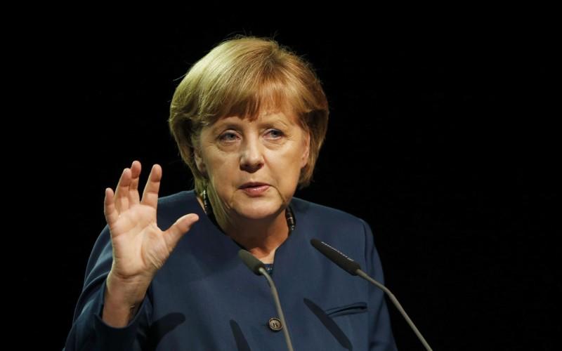 Război total între Germania și Turcia. Angela Merkel, acuzată că ascunde teroriști în Germania