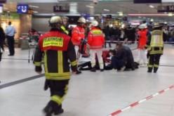 Atentat la Dusseldorf. 7 persoane au fost rănite de un bărbat înarmat cu un topor