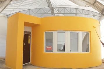 FABULOS Au construit o casă în 24 de ore cu ajutorul unei imprimante 3D – VIDEO