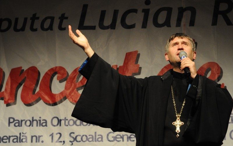 Iată ce va păți preotul care a publicat pe facebook fotografii cu Ileana Ciuculete în coșciug