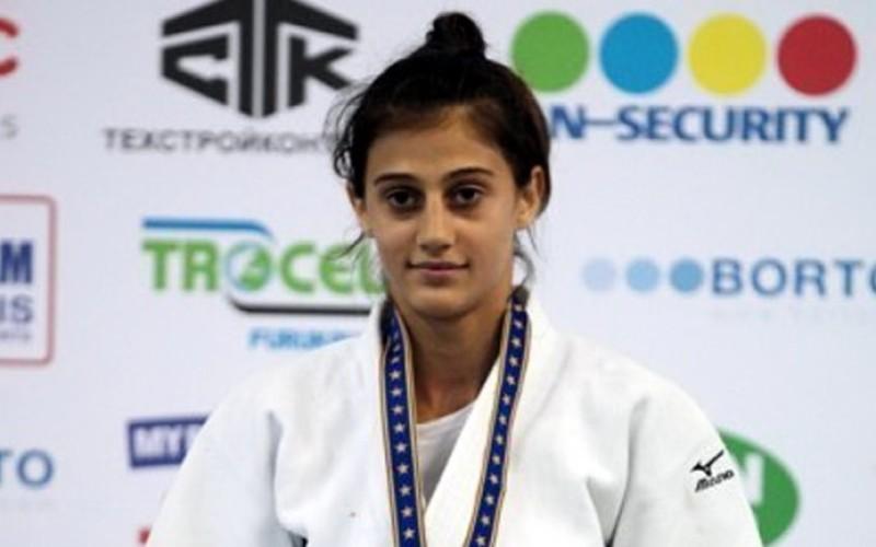 Larisa Florian, medaliată cu aur la turneul de judo de la Baku