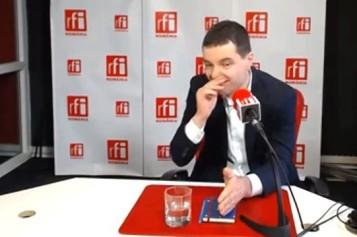 Imagini șocante cu Nicușor Dan. Liderul USR își suflă mucii în direct – VIDEO