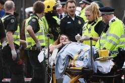 Atac chimic la Londra. Zeci de persoane au ajuns cu arsuri grave la spital