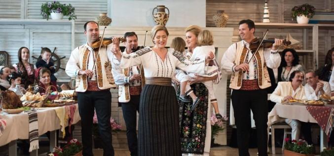 """Vedetele folclorului românesc vin cu familiile """"La masa de Paşti"""" de la TVR"""