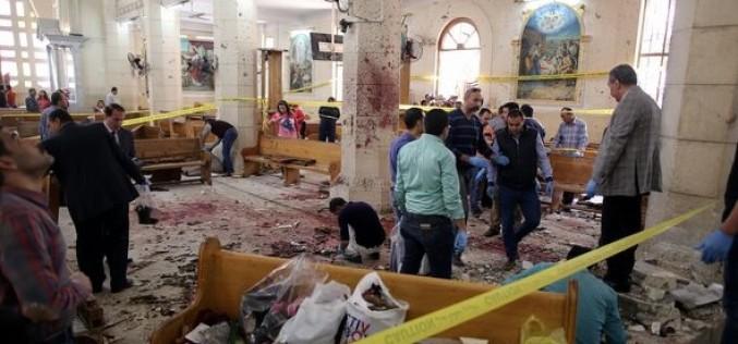 Carnagiu în Egipt din cauza a două atentate sângeroase în două biserici
