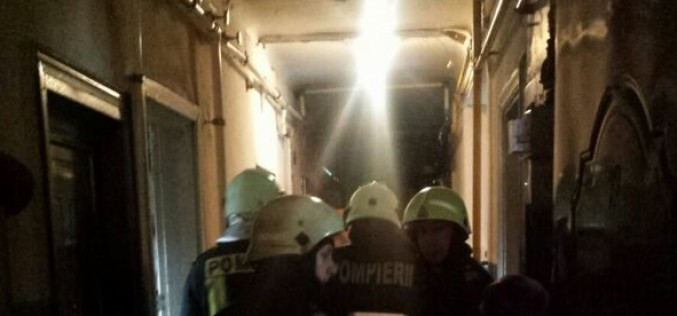 Explozie puternică într-un bloc de locuinţe din Braşov. 60 persoane, evacuate