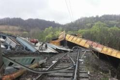 Catastrofă feroviară la Hunedoara. Două persoane și-au pierdut viața