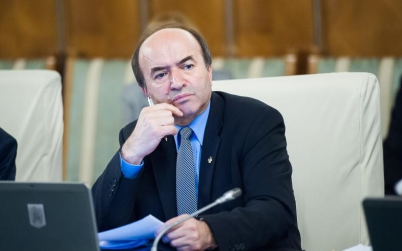 Ministrul Justiţiei trimite lui Iohannis, cererea de revocare a Procurorului General