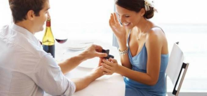 Vrei sa faci pasul cel mare si sa o ceri de sotie? Afla cateva sfaturi pentru ca totul sa decurga minunat
