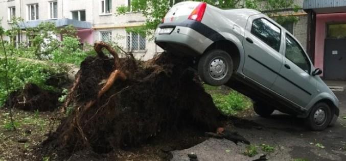 Capitala Rusiei, lovită de uragan. 15 morți și peste 200 de răniți