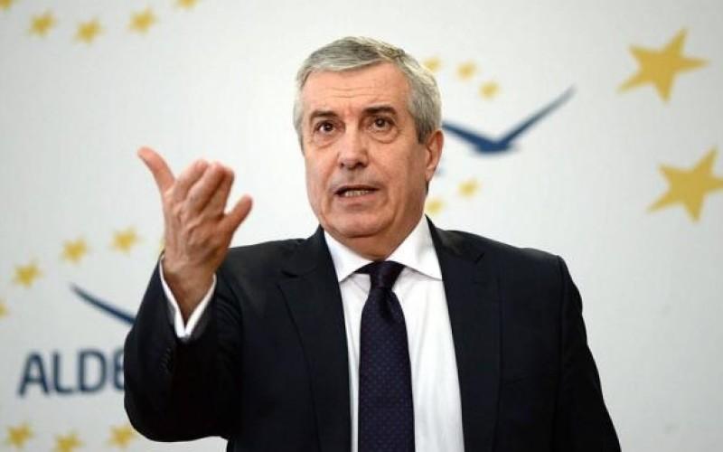 Se alege praful de partidul lui Tăriceanu. Daniel Constantin face racolări masive din ALDE