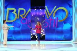 """Andreea Bănică, prima apariție în platoul """"Bravo, ai stil!"""", în calitate de prezentatoare a emisiunii"""