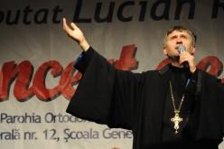 Scandal uriaș cu preotul care a fotografiat-o pe Ileana Ciuculete în coșciug. I-a oferit bani unui minor pentru sex
