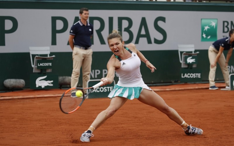 Simona Halep a pierdut în mod dramatic finala de la Roland Garros