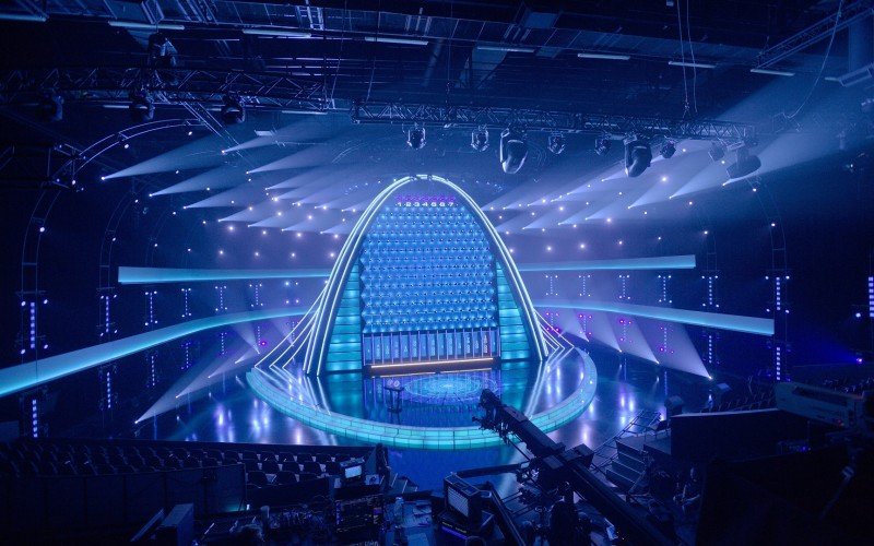 Antena 1 nu are bani pentru a construi decorul show-ului The Wall. Filmările se vor realiza la un studio din Polonia