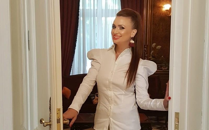 """Ştirile Kanal D te invită în fiecare duminică în """"Casa de vedetă""""!"""