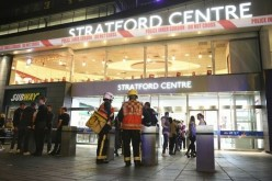 Atentat cu acid într-un centru comercial din Londra