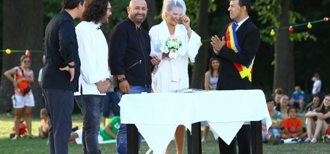 """Cătălin Scărlătescu și Gina Pistol s-au căsătorit pe platoul ,,Chefi la cuțite"""""""