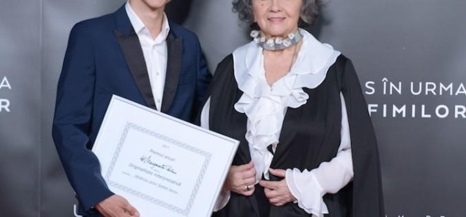 Actorul Ștefan Iancu, premiat de Margareta Pâslaru pentru originalitate interpretativă
