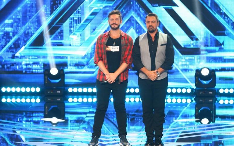 """Horia Brenciu își întâlnește sosia pe scena """"X Factor"""""""