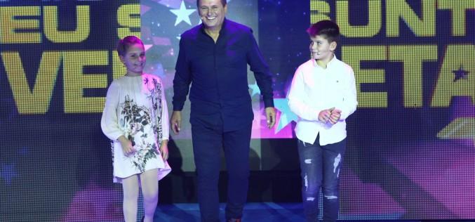 """Nea Mărin și nepoții săi, învingători la show-ul """"Aici eu sunt vedeta"""""""