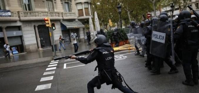 Spania, în prag de război civil din cauza referenumului de independenţă din Catalunia