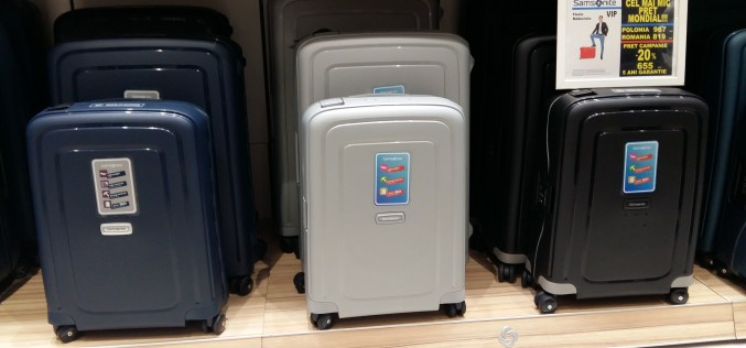 Veşti bune pentru toţi românii. Vor plăti preţul cel mai mic din lume pentru valizele Samsonite!
