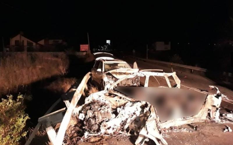 Au murit arşi de vii. Cinci persoane, carbonizate într-un accident rutier produs la Ilieşti