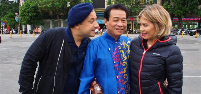 Gina Pistol, luată prin surprindere la filmările din Vietnam. Iată ce a păţit vedeta!