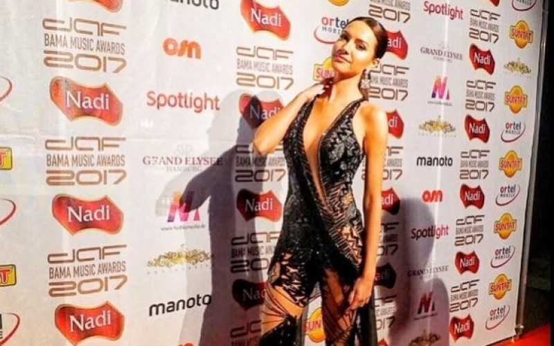 "Otilia, distinsă în Germania cu premiul ""Best Balkan female artist"" – VIDEO"