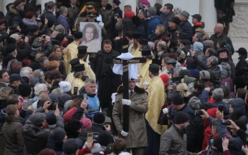 Cutremurător | Semnul rău de la înmormântarea Stelei Popescu s-a adeverit. Cineva drag a murit rapid!